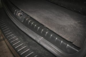 Накладка в проем багажника для Рено Дастер с 2011 г.в.
