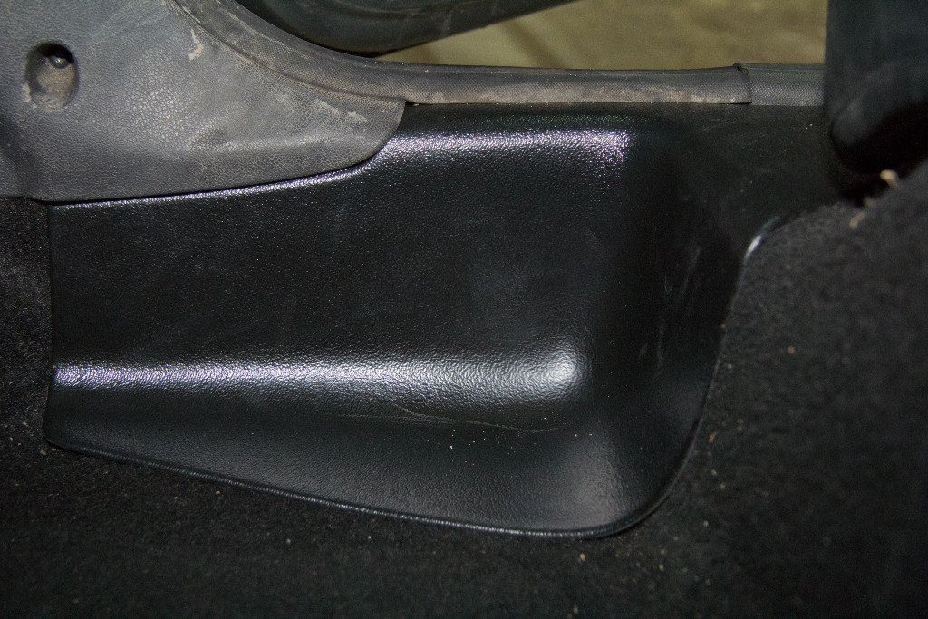 Накладки на ковролин задние (2 шт.) для Nissan Terrano с 2014 г.в.