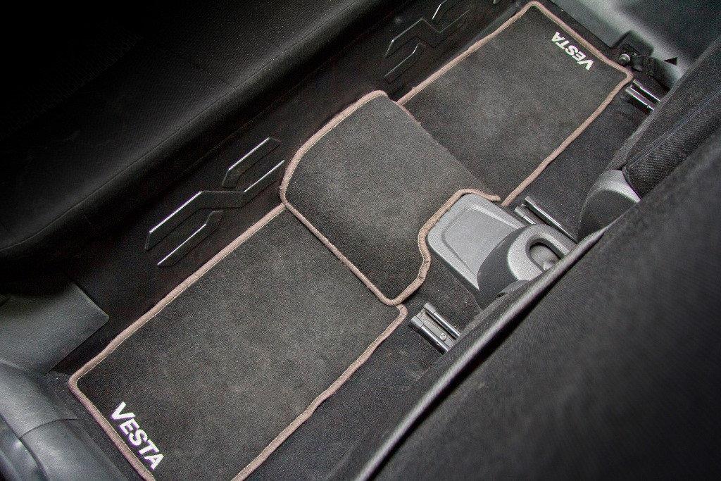 Накладка на ковролин под заднее сиденье LADA Vesta с 2015 г.в.