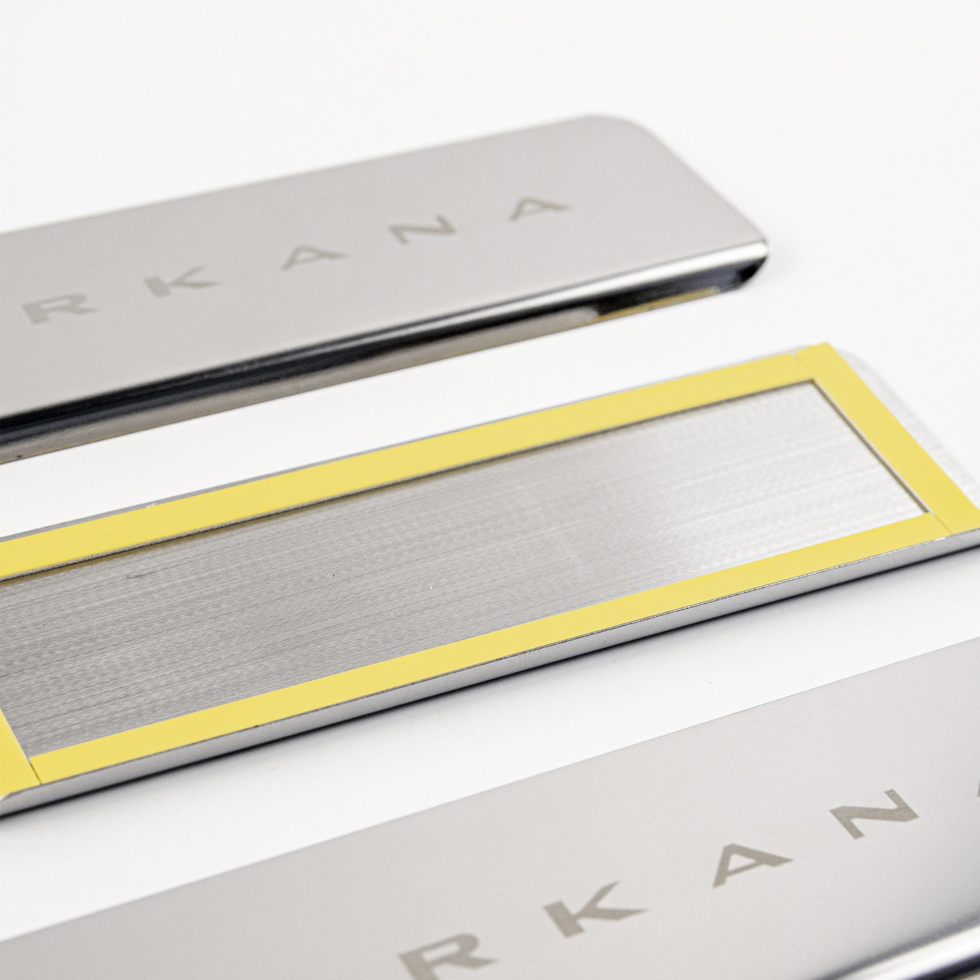 Накладки на пороги в проем дверей (нержавейка) для Renault Arkana2