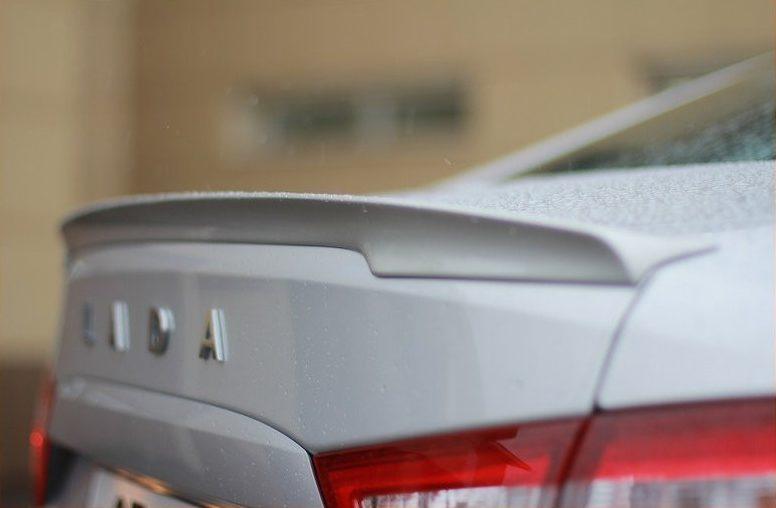 Улучшаем аэродинамические свойства авто: выбираем спойлер
