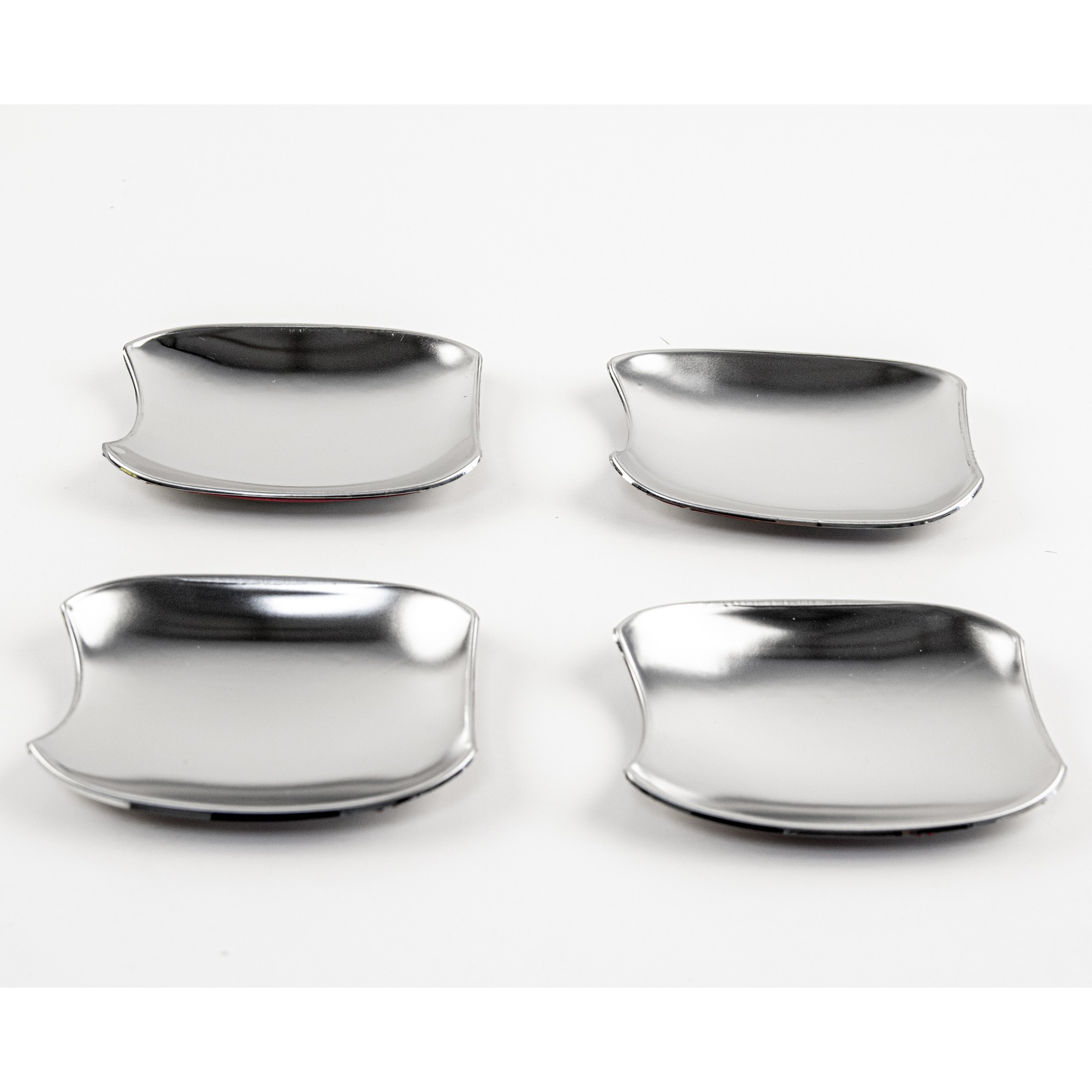 Защитные чашки под внешние ручки дверей для LADA Vesta (нержавейка)1